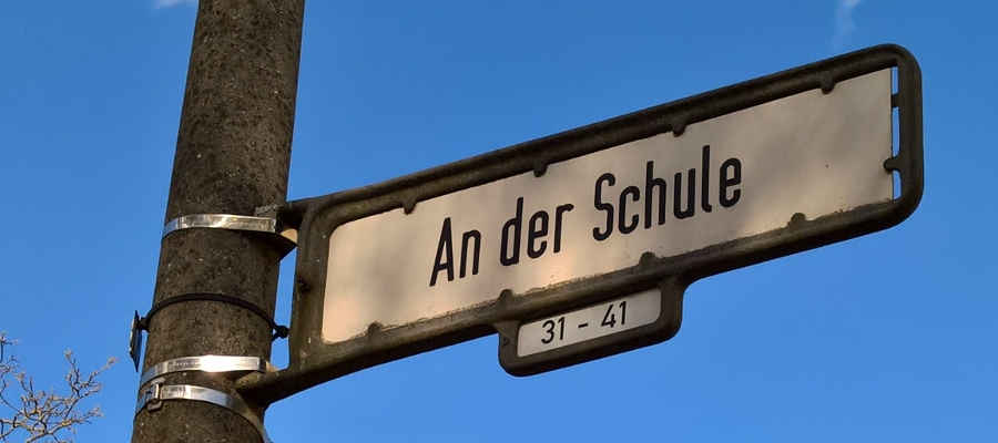 """Die bereits vorhandene Schulvorhaltefläche in der Straße """"An der Schule"""" wurde als neuer Oberschulstandort in die Investitionsplanung des Bezirkes aufgenommen. Damit ist die Grundlage für eine weiterführende Schule in Kaulsdorf und Mahlsdorf gelegt."""
