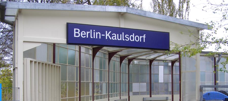 Im Juni 2013 beginnt der behindertengerechte Umbau des S-Bahnhofs Kaulsdorf. Die Installation von Aufzügen wird den barrierefreien Zugang ermöglichen.