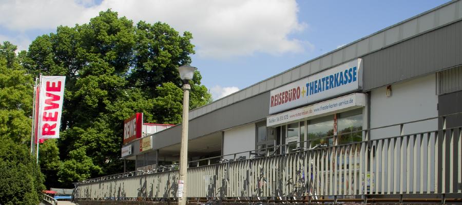 Am 24. März 2010 hat das Bezirksamt auf Antrag des Bezirksstadtrats für Ökologische Stadtentwicklung, Norbert Lüdtke (Die Linke), die Aufstellung eines vorhabenbezogenen Bebauungsplanes für die Grundstücke Hönower Str. 14, 16 und 18, die Grundstücke Alt-Mahlsdorf (B1/5) Nr. 35 und 36 sowie die Grundstücke An der Schule Nr. 66, 82, 84 und 90 im Bezirk Marzahn-Hellersdorf beschlossen.