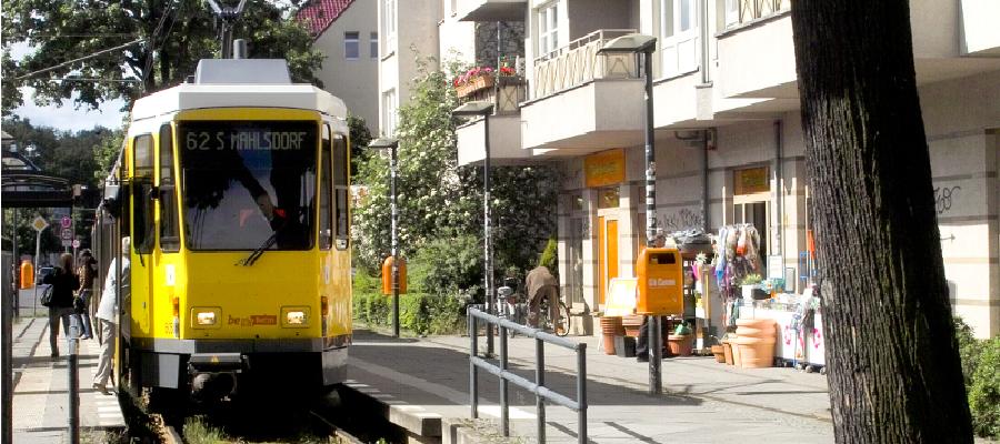 Ein neuer Fahrplan tritt ab dem 27. April 2014 in Kraft. Dank eines Millionen-Zuschusses aus dem Abgeordnetenhaus fährt dann auch die TRAM 62 in Mahlsdorf alle 10 Minuten.
