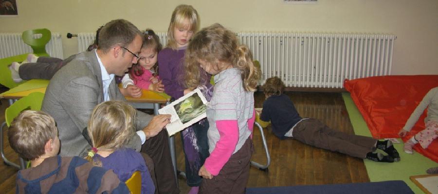 Beim Vorlesetag in der Friedrich-Schiller-Grundschule