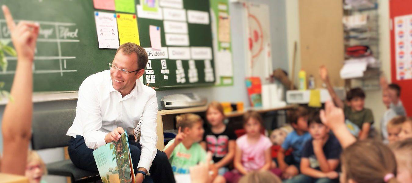 Vorlesen für unsere jüngsten Schulkinder in Mahlsdorf