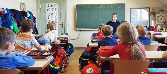 Vorlesetag in der Best-Sabel-Grundschule Mahlsdorf und Friedrich-Schiller-Grundschule