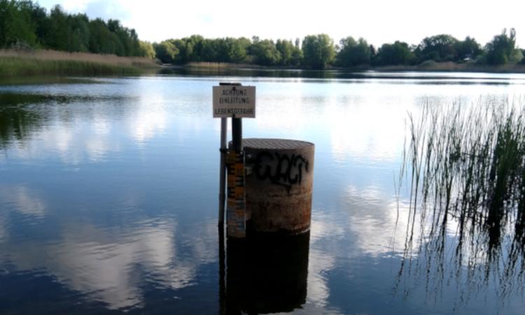 Seit vielen Jahren engagieren wir uns mit dem Verein SOS Grundwasser e.V. und vielen Nachbarn gemeinsam für den Erhalt der Grundwasserregulierungsanlage am Habermannsee.