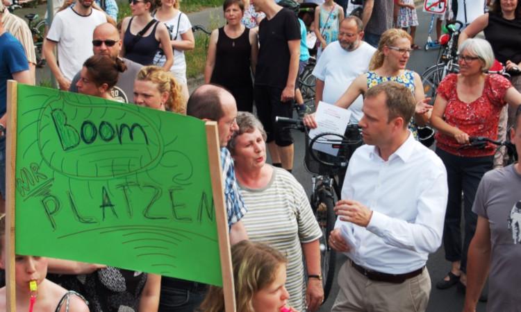 Die Grundschulen in Biesdorf, Kaulsdorf und Mahlsdorf platzen aus allen Nähten und sind mit fast 125% überbelegt und im gesamten Bezirk fehlt das Personal. Wir brauchen jetzt ein gemeinsames Handlungskonzept!
