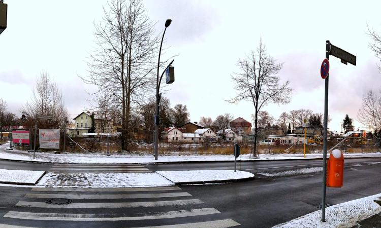 Der Eigentümer der Flächen des Alten Güterbahnhofs Kaulsdorf ist bereits, sein geplantes Bauvorhaben kleiner zu gestalten und die Möglichkeiten des B-Planes nicht auszureizen. Dafür muss das Bezirksamt aber die Bereitschaft für einen Kompromiss zeigen.